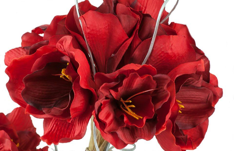 Christmas-Red-Amaryllis-arrangement