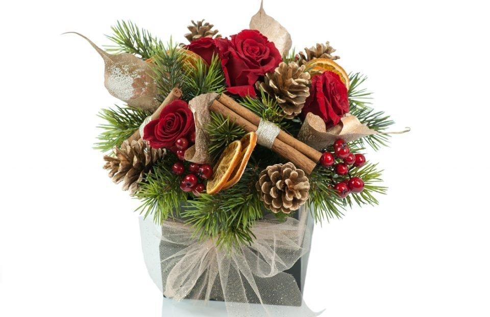 Christmas-centerpiece-in-a-box