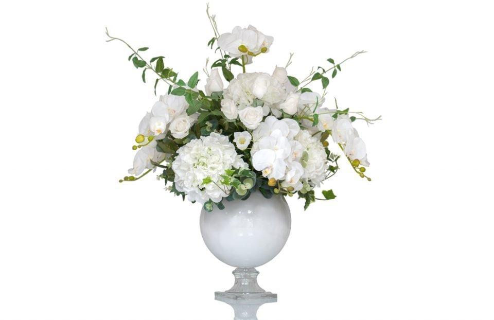 White silk wedding centerpiece