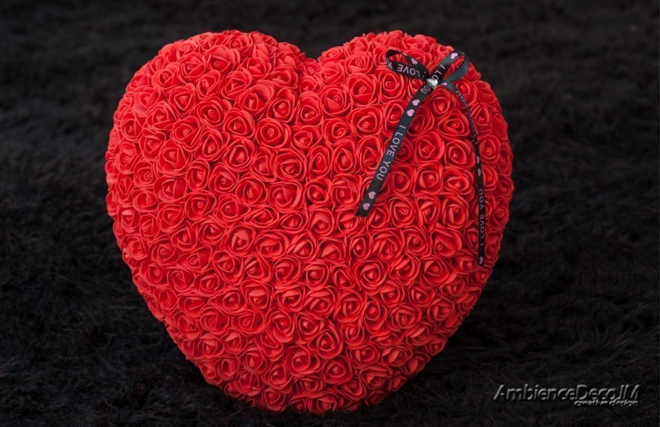 Rose heart red